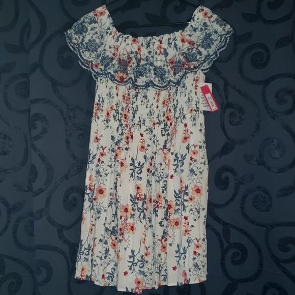 Xhilaration Dresses & Skirts - 3/$50 - *NEW* Floral On/Off Shoulder Dress